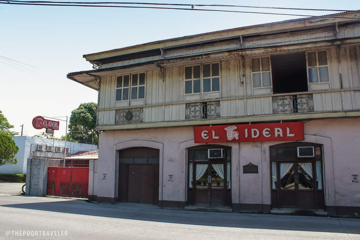 El Ideal Bakery, oldest in the region