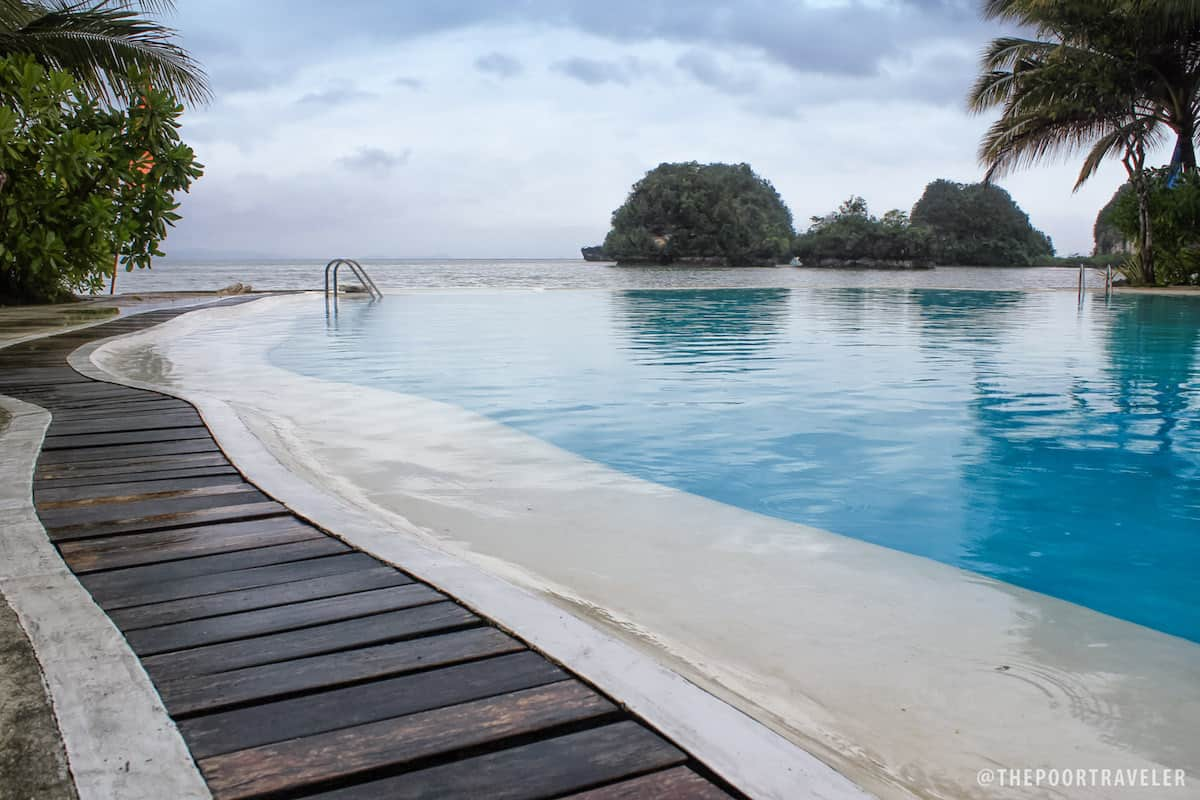 Caluwayan Palm Island Beach Resort Where To Stay In