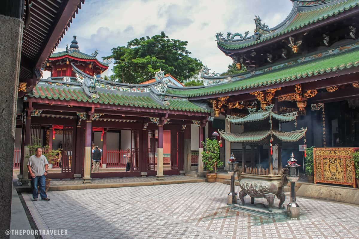 Inside Thian Hock Keng Temple