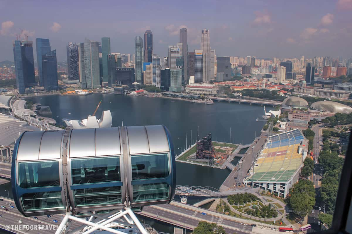 Full Circle Aboard the Singapore Flyer | The Poor Traveler