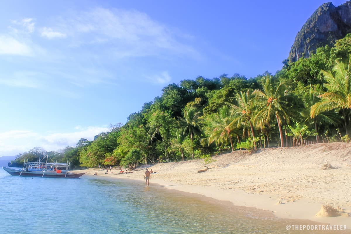 The 7 Commandos Beach and the 7 Lost Soldiers: El Nido ...