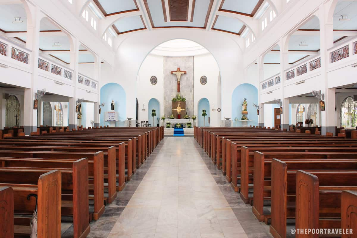 Mt Carmel Church And The Rose Petal Shower In Lipa City