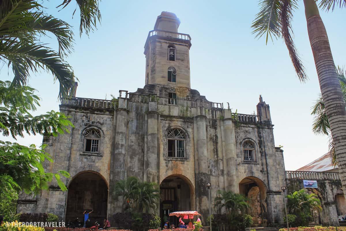 Facade of Albur Church