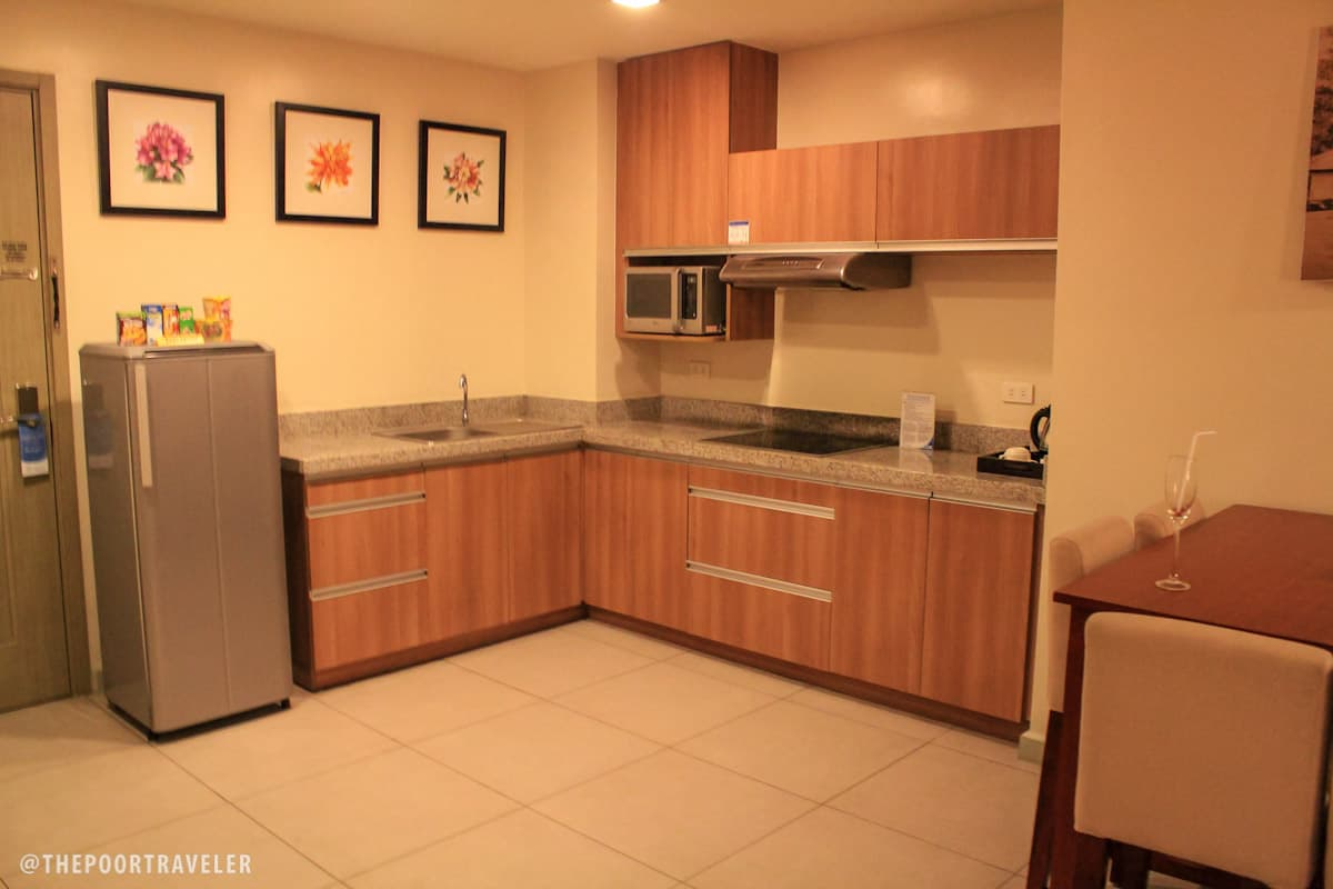 Azalea Residences Baguio kitchen amenities