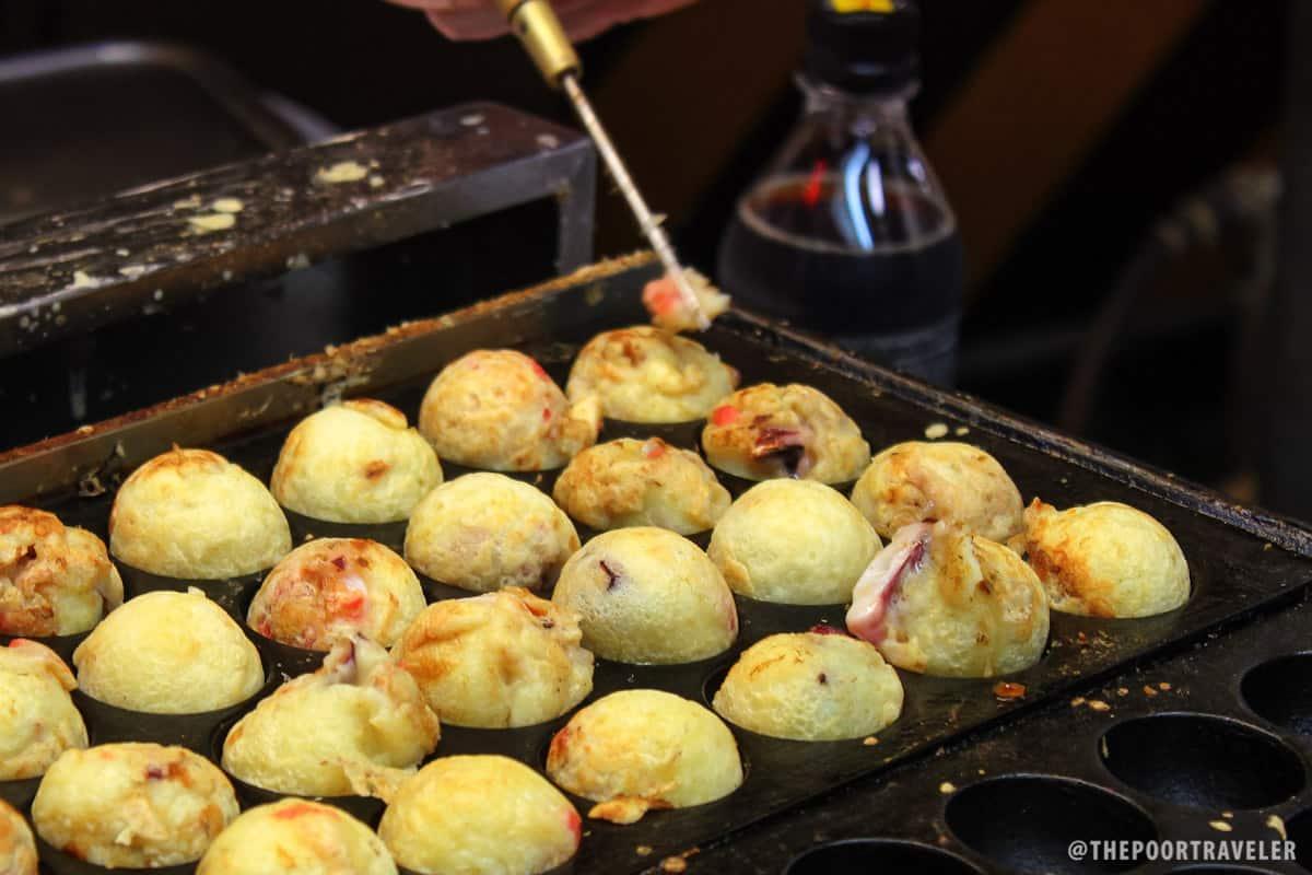 Takoyaki, almost done