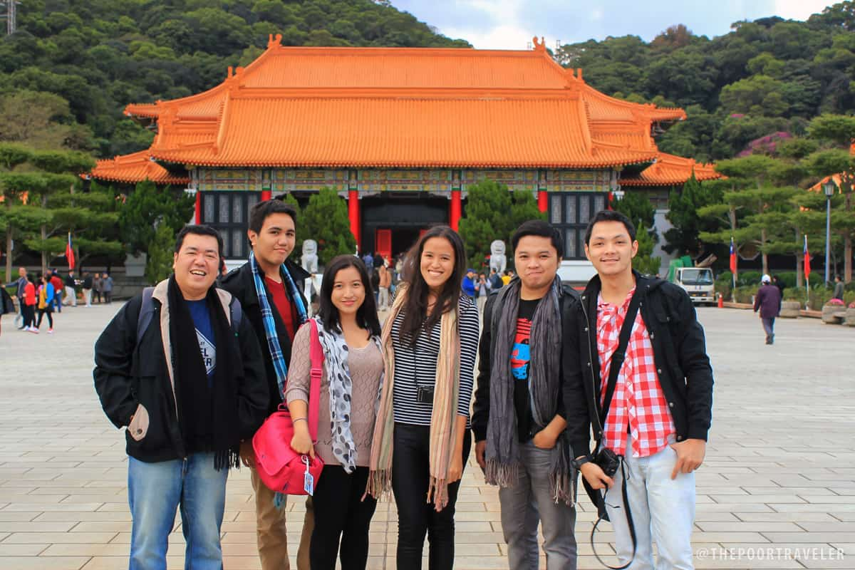 Bloggers at the Martyrs' Shrine