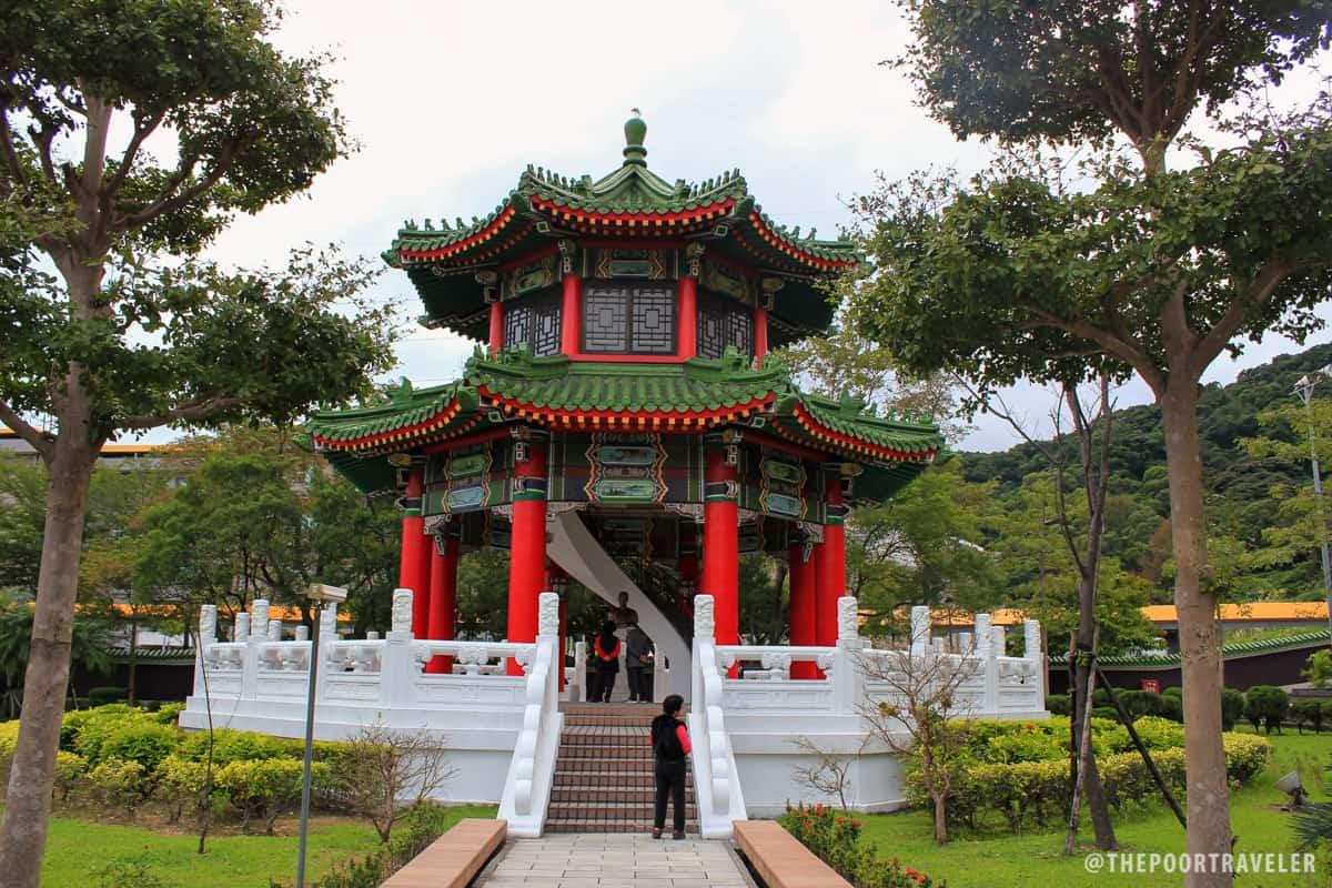 A pagoda next to the Main Sanctuary