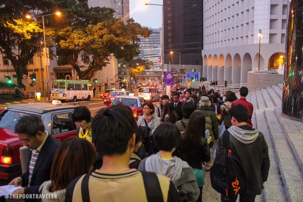 The long queue to the Peak Tram Lower Terminus