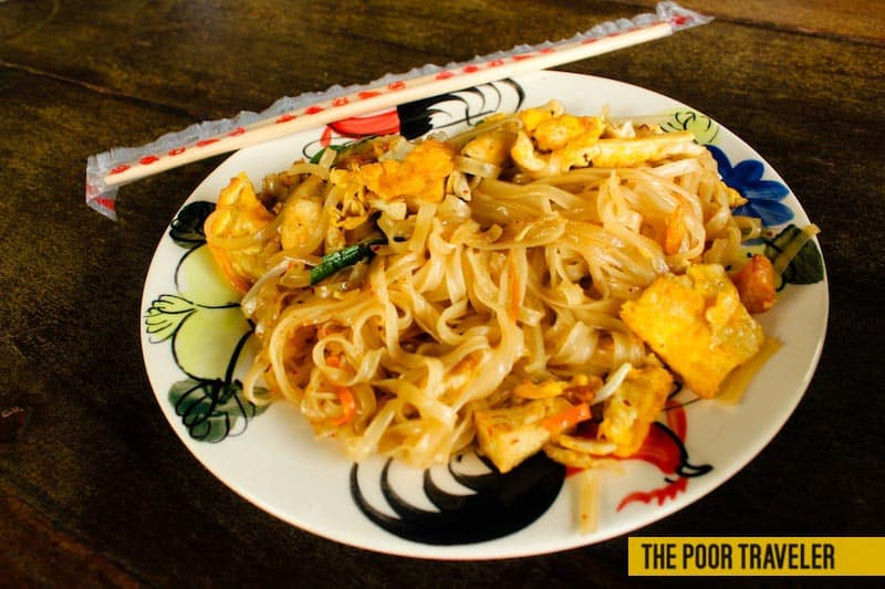 Pad Thai without sprouts and peanuts