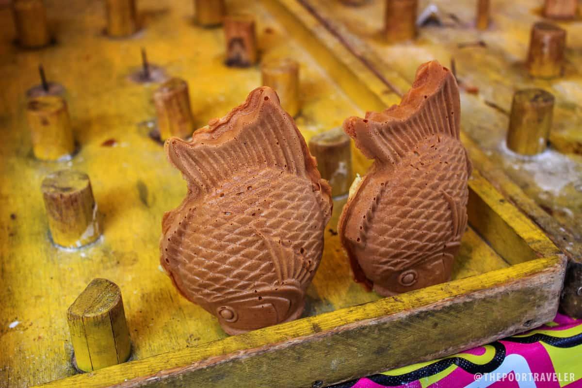 Taiyaki. Fish-shaped cakes.