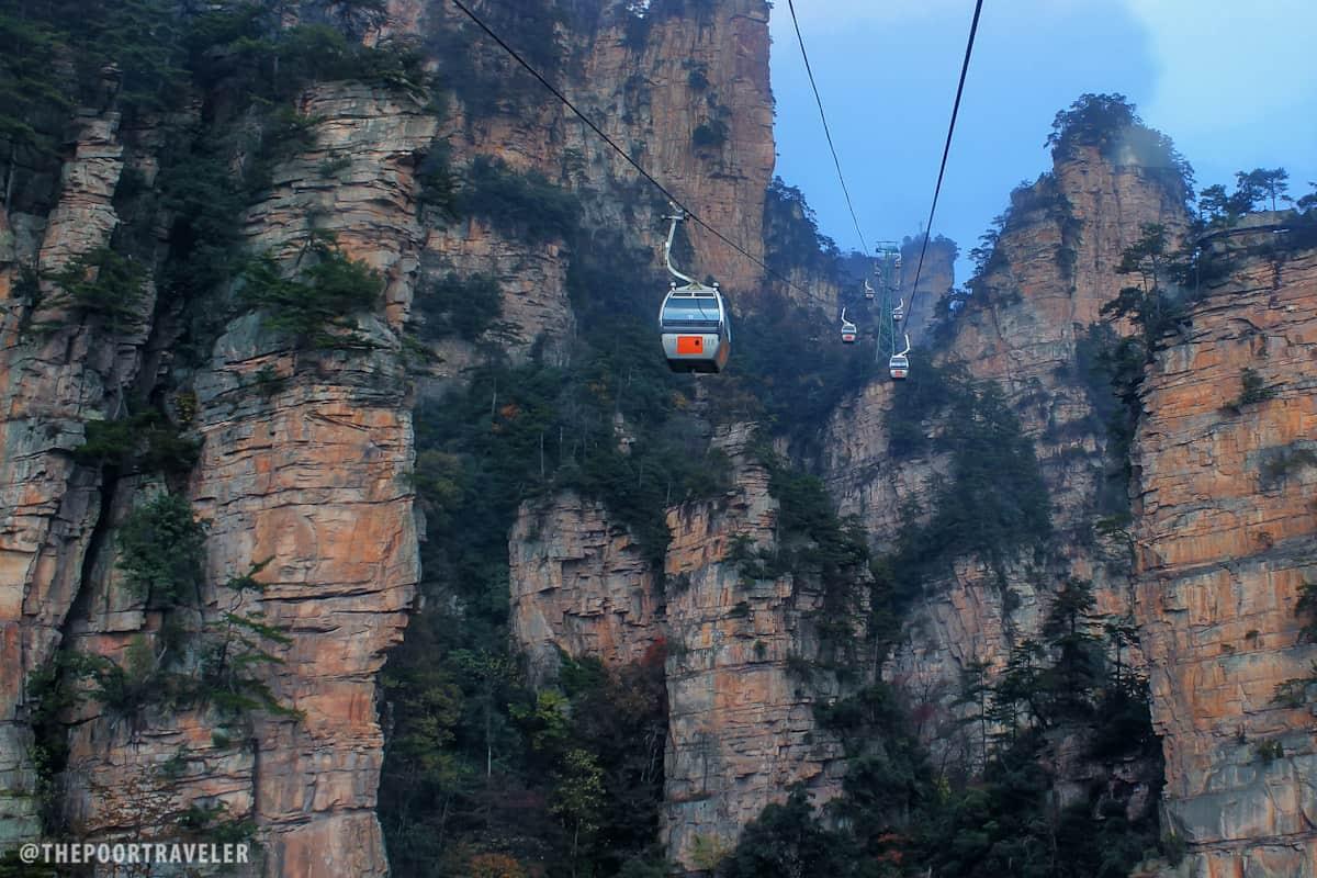 Cableway to Tianzi Peak
