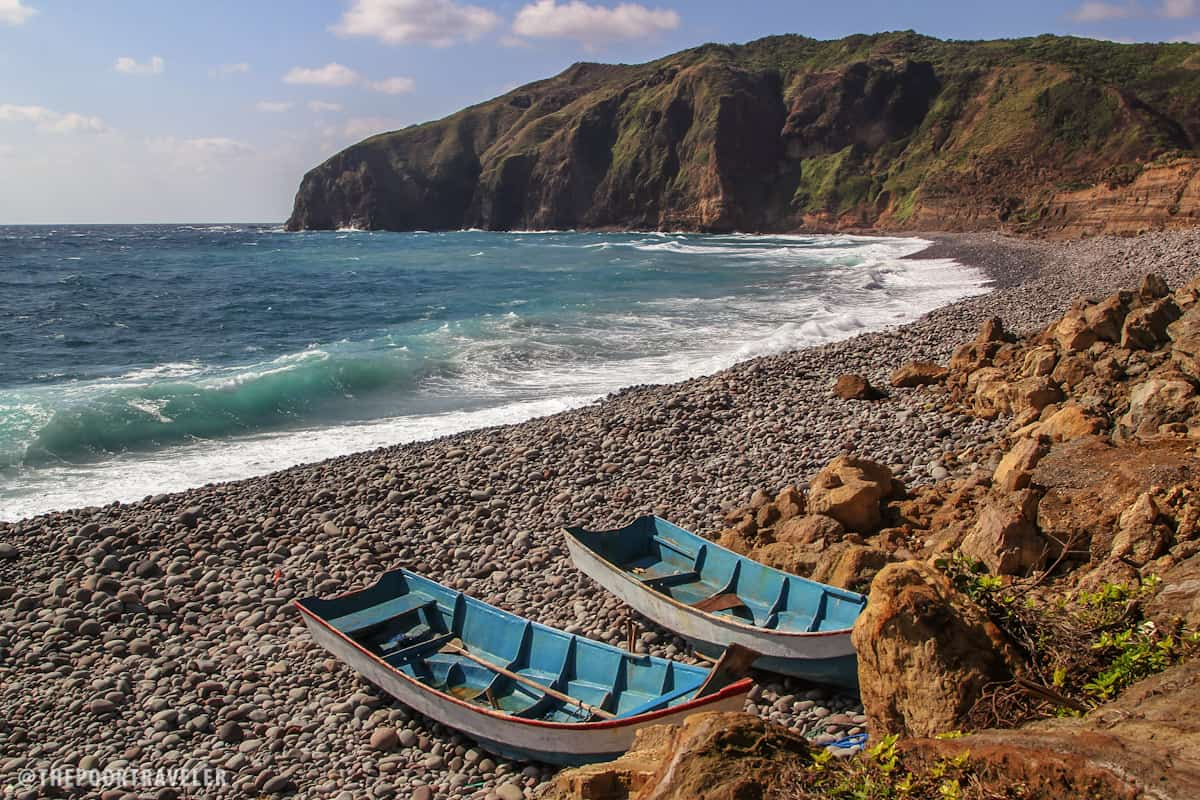 Tataya boats at Valugan Beach