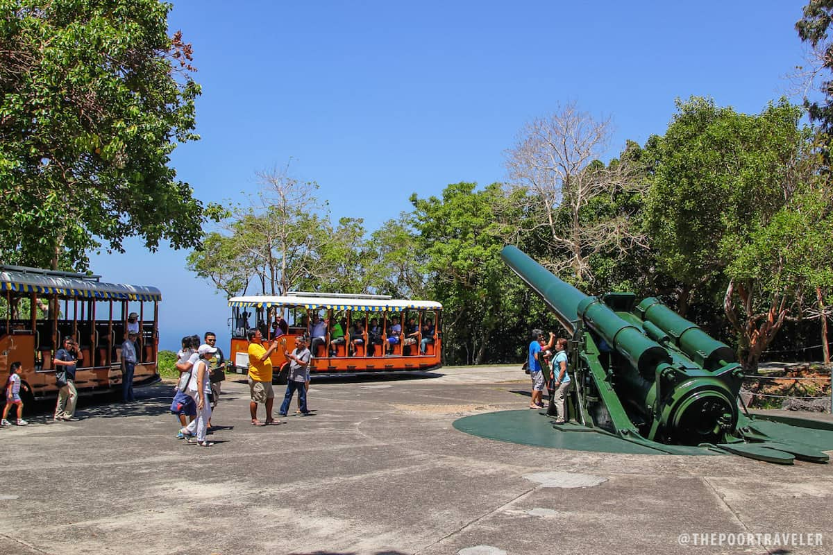 The biggest gun on the island is at Battery Hearn