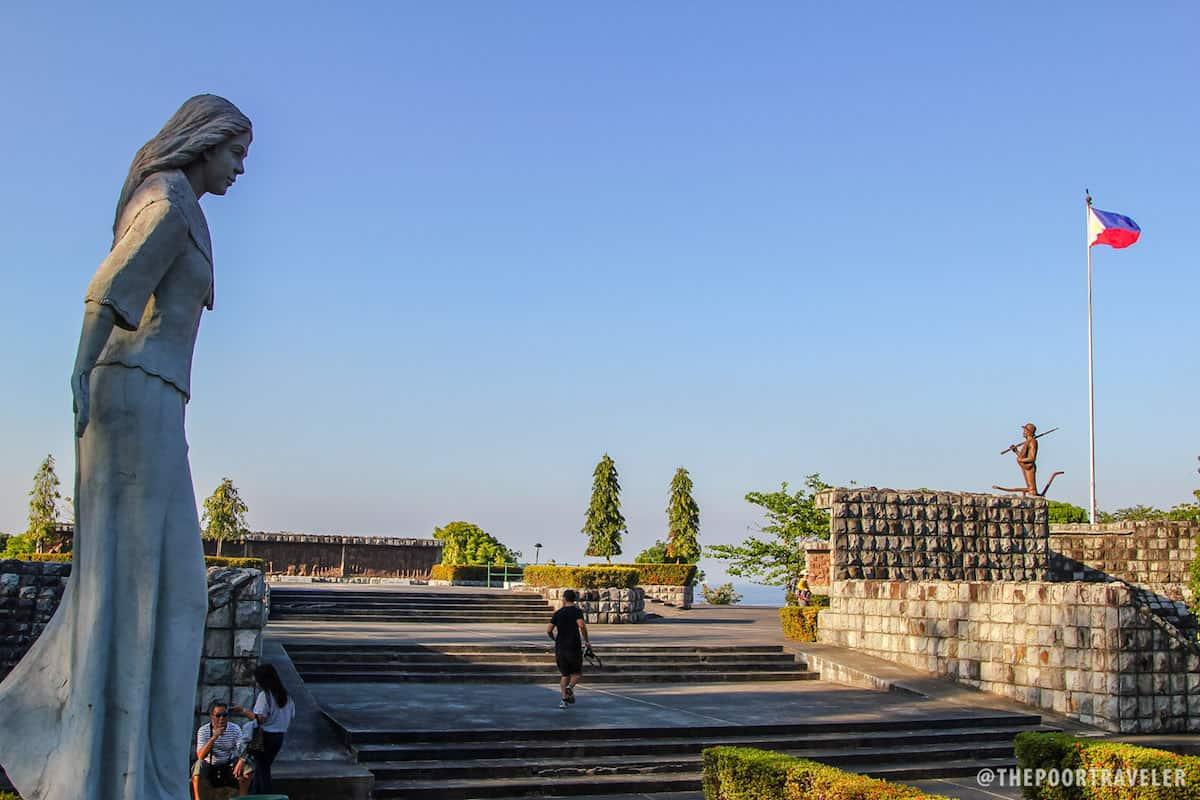 Filipino Heroes Memorial.