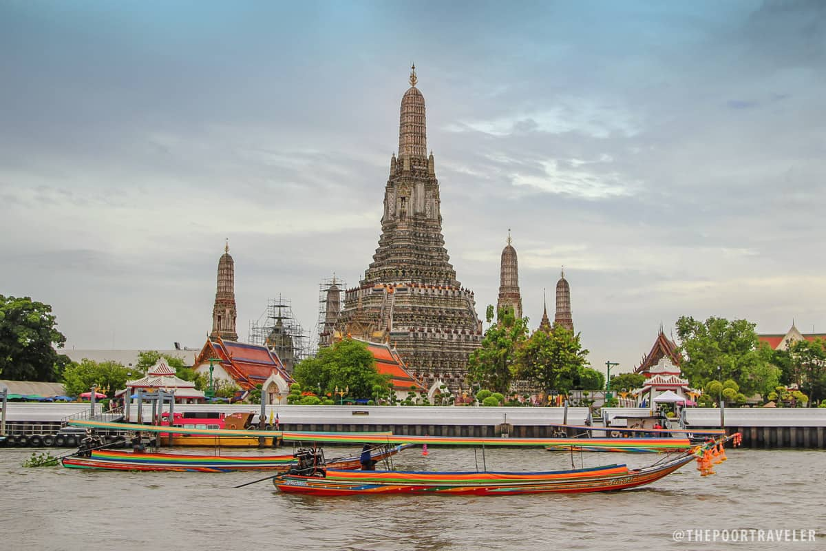 You cannot miss Wat Arun if you're on the boat.