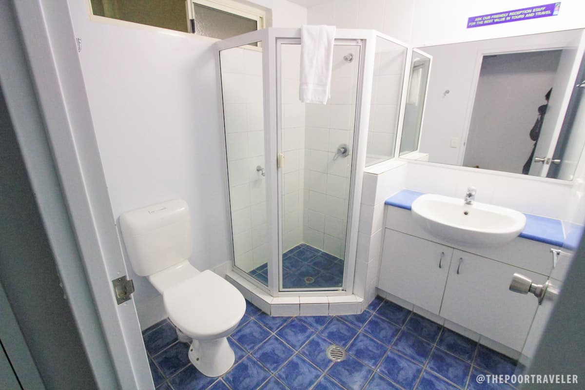 Ensuite bathroom at Cairns Central YHA