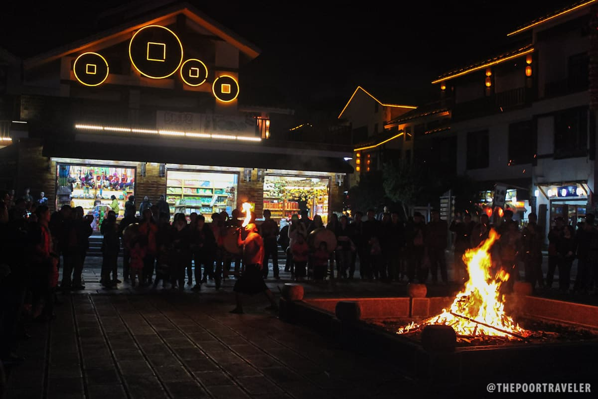 Xibu Street, just within the village, is also great for those looking for snacks and souvenirs. There's also a bonfire show on some evenings.
