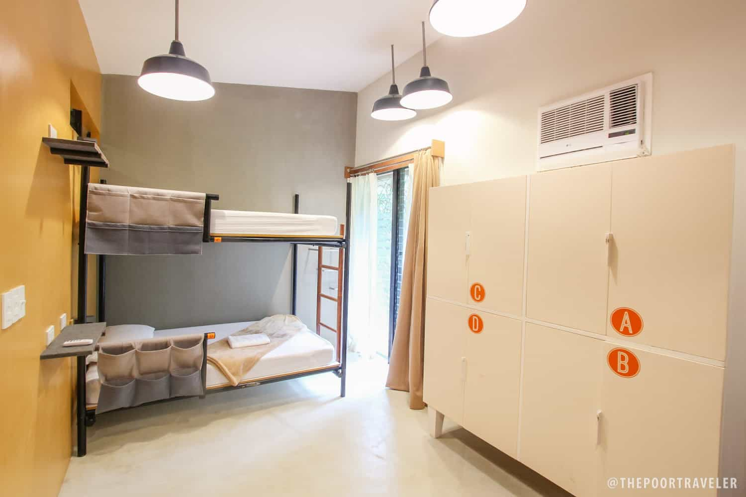 One side of a 4-bed dormitory