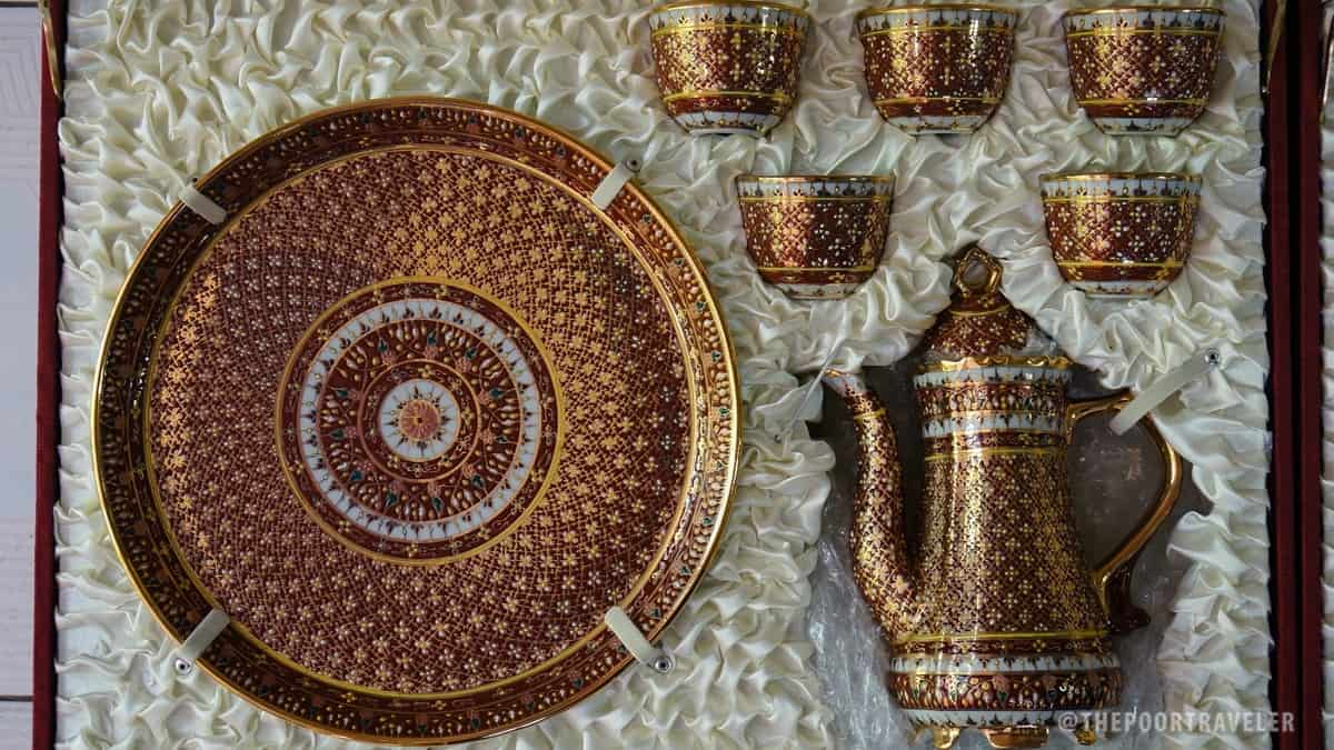 Benjarong Porcelain Village - Plate and Tea Set