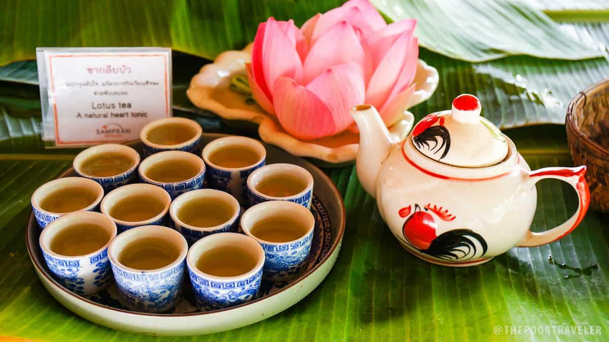 Organic lotus tea produced by Sampran Riverside farmers.