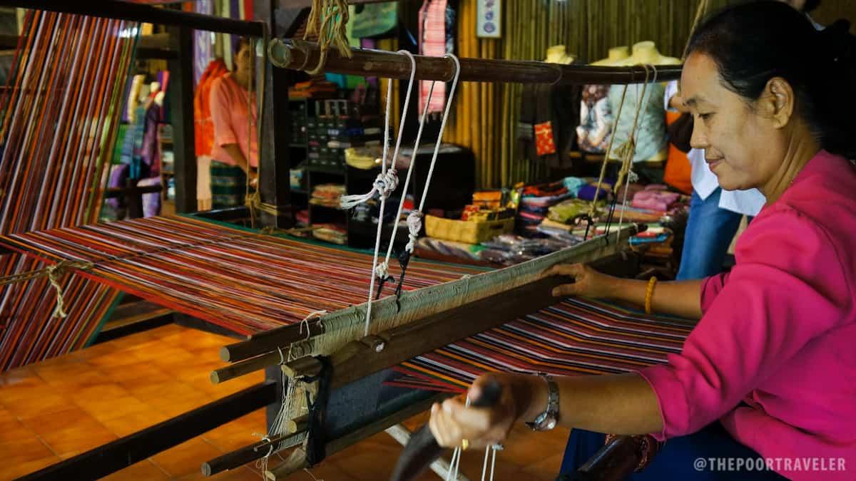 Thai Village - Traditional Weaving of Cloth