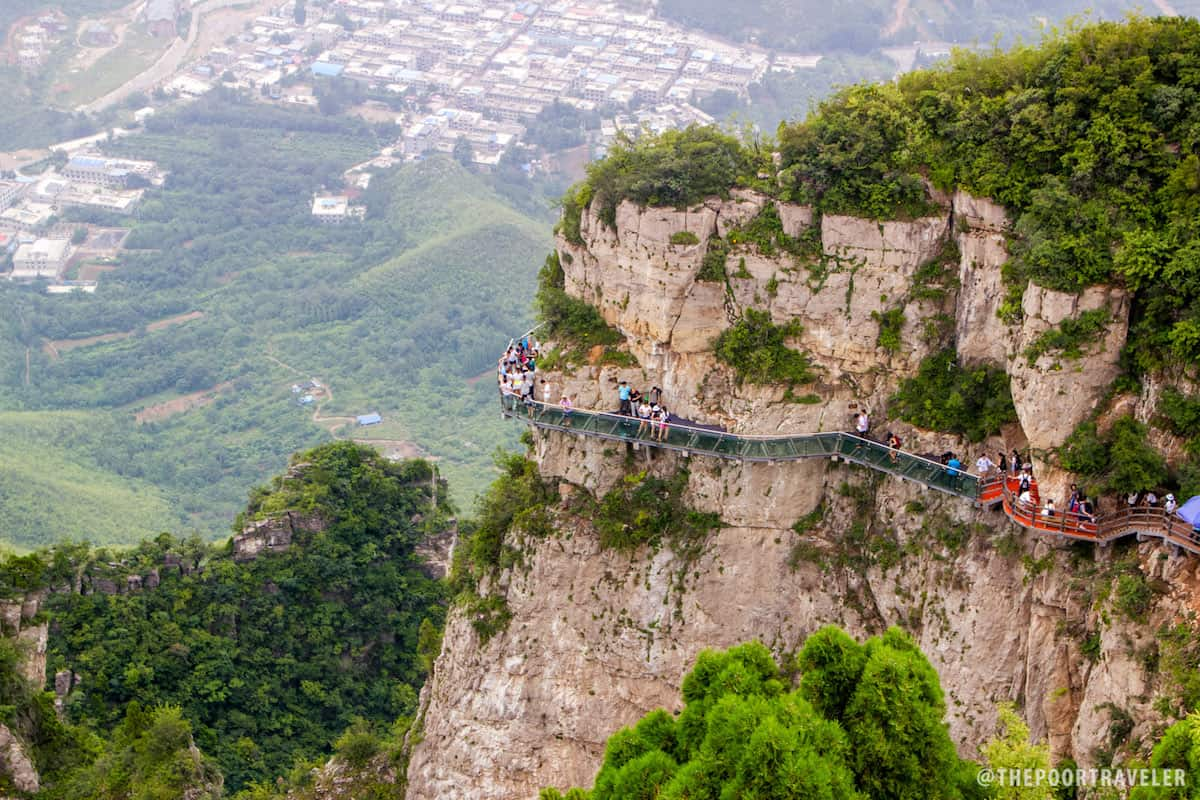 The glass walkway of Yuntaishan