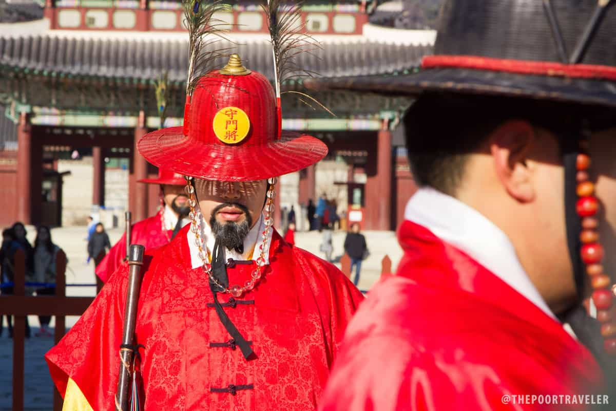 Guards at the Gyeongbokgung Palace