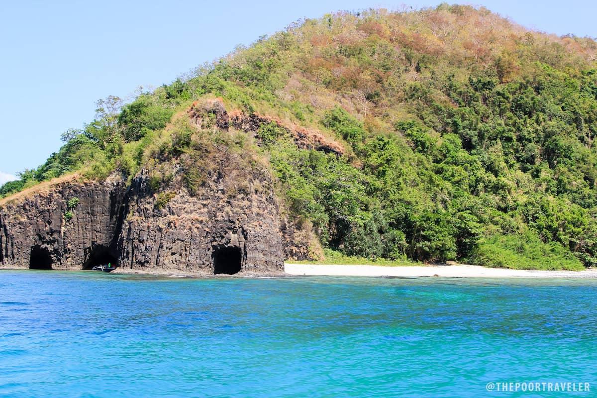 Caves near Sepoc Beach